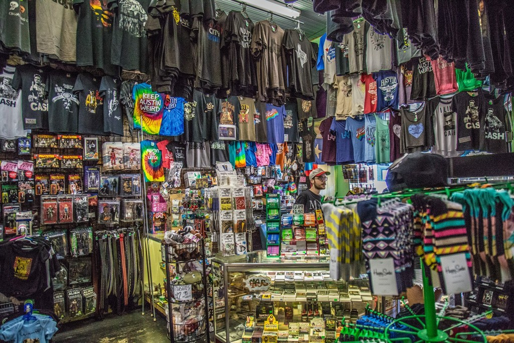 Aaron's RocK 'n Roll - 6th Street Gift Store. Photo: Will Taylor - LostinAustin.org