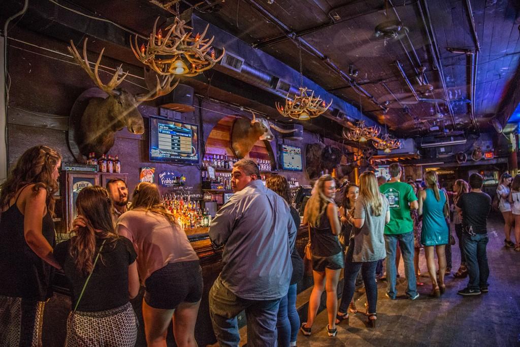 The Lodge on 6th - 6th Street Bar