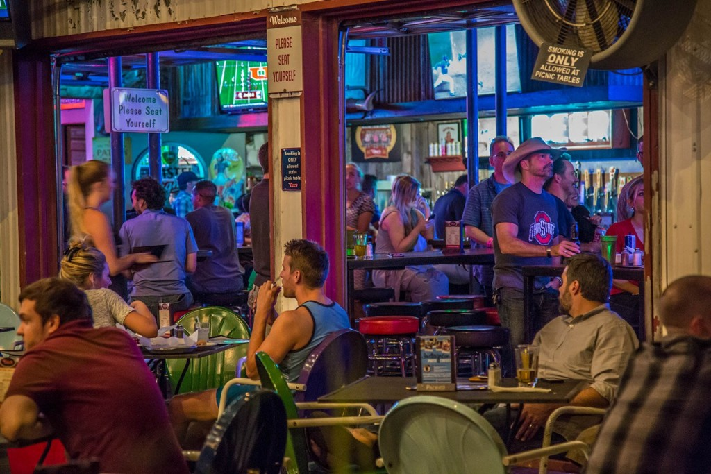 Doc's Bar & Grill