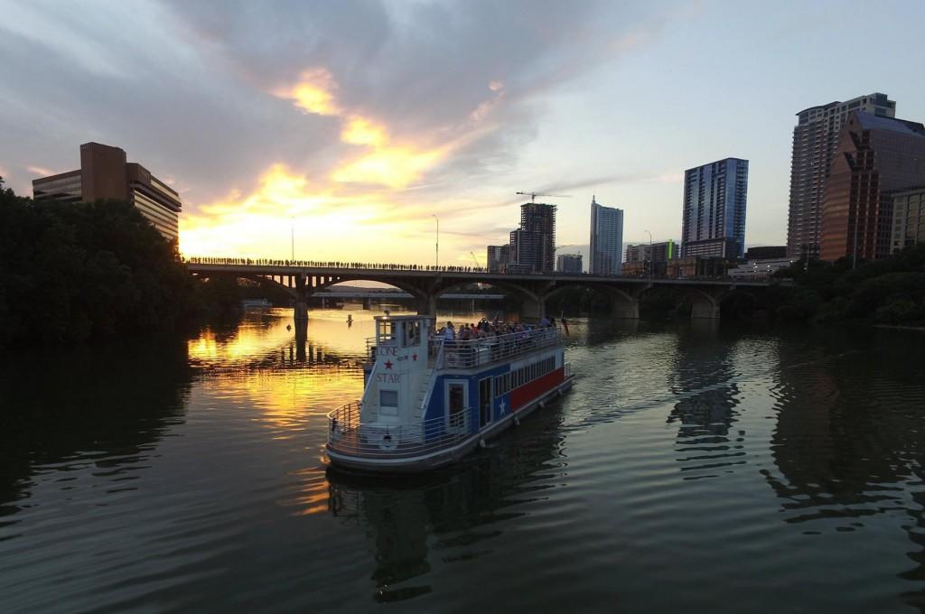 Lone Star Riverboat - Austin Tour Boat