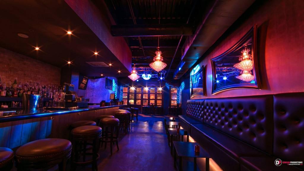 Lux Lounge Austin 01