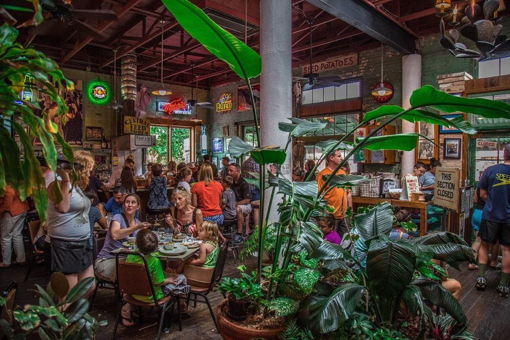 Guero's Taco Bar - Austin, TX 12