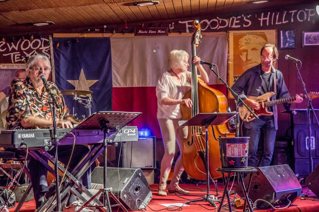 Poodie's Hilltop Roadhouse - Hill Country Honky Tonk Dancehall in Spicewood, TX.