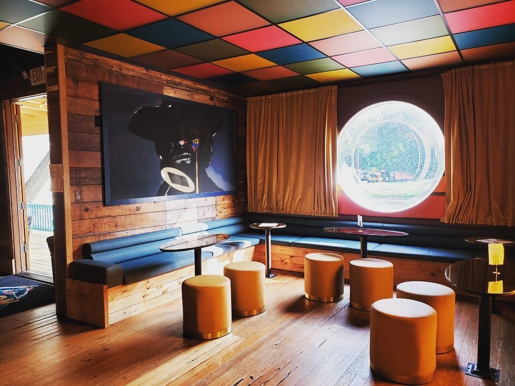 High Noon - A Psychedelic East Austin Bar
